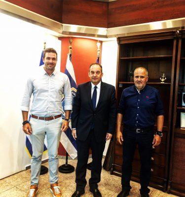 Συνάντηση Πλακιωτάκη με μέλη του Δ.Σ. της Ένωσης Ναυαγοσωστικών Σχολών Ελλάδος